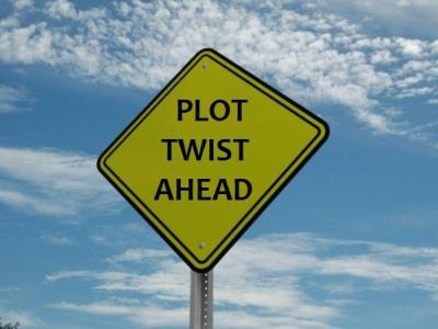"""Un cartello con la scritta """"Plot twist ahead"""""""