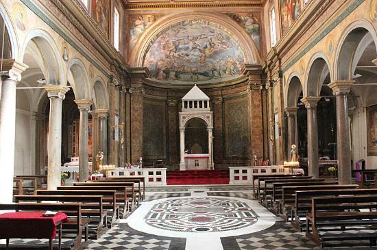 Chiesa di Sant'Agata de' Goti – Folklore romano#5