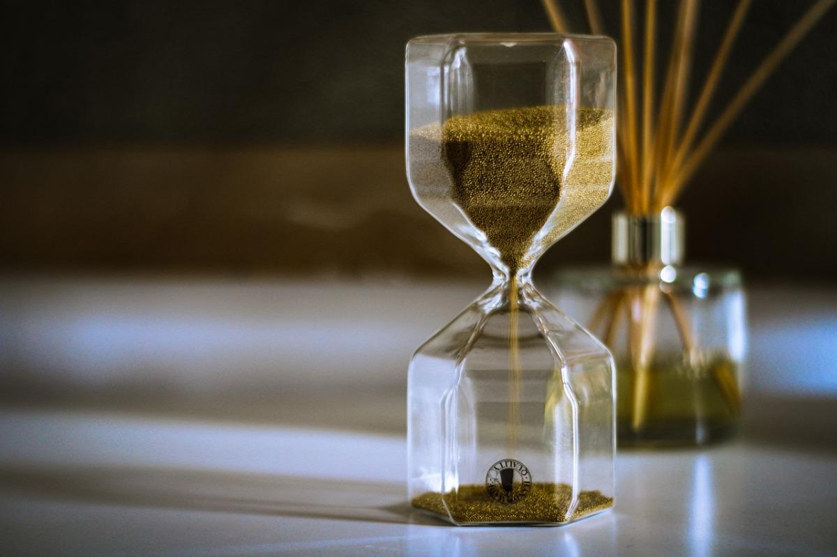Come ingannare il tempo in attesa del giudizio di una casaeditrice